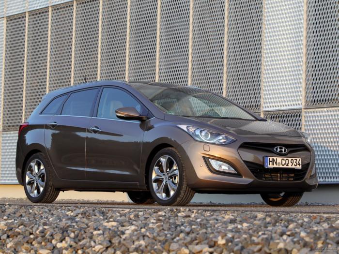 Hyundai_i301-alt